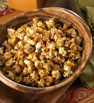 Coconut Curry Cashew Popcorn